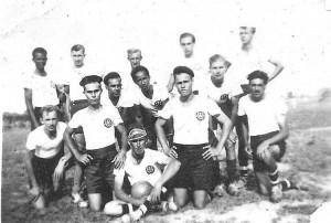 suriname-voetbal-team2